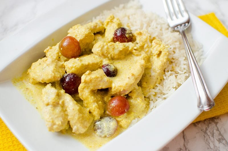 Crock Pot Turkey Curry Recipe that is great with rice for dinner. Perfect for family dinner. So easy to make.