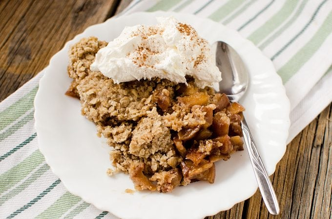 Slow Cooker Apple Crisp Recipe with Caramel