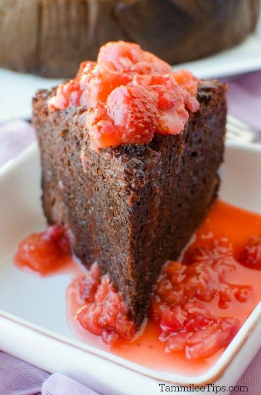 Slow Cooker Crock Pot Chocolate Strawberry Cake Recipe